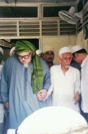 Al-Habib 'Ali Bin Ja'far Al'Aydrus bersama Habib Muhammad Alawi Almaliki